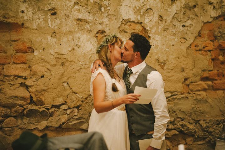 Natural South African Wedding couple kissing