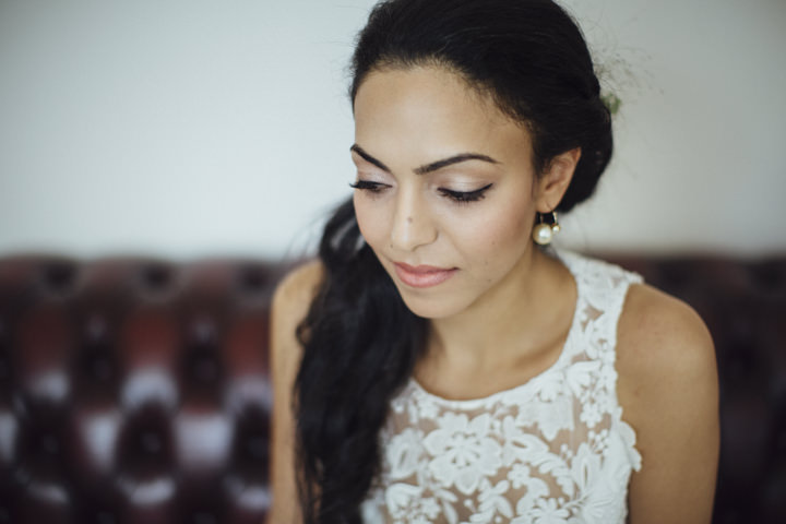 London Wedding bride at The Hoxton Arches By Tracey Hosey Photography