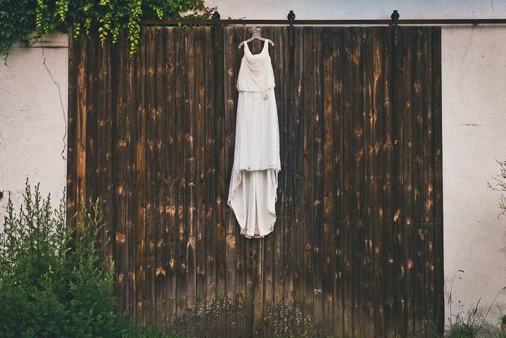 Intimate Woodland Wedding dress by Tony Romero Photography
