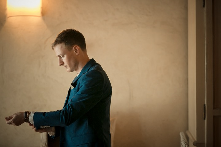 Tuscany Wedding groom By David Bastianoni Photography