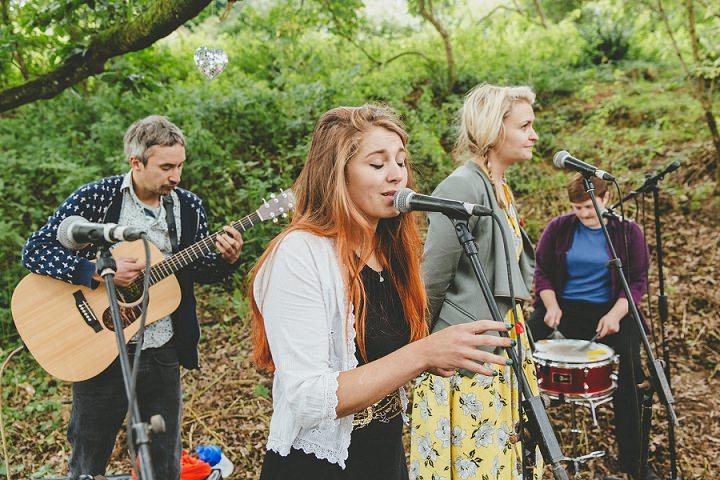 Bohemain Dorset Festival Wedding entertainment By Paul Underhill Photography