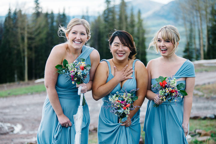 15 Colorado Wedding in the Snowy Mountains By Searching For The Light