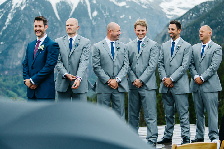 19 Colorado Wedding in the Snowy Mountains By Searching For The Light