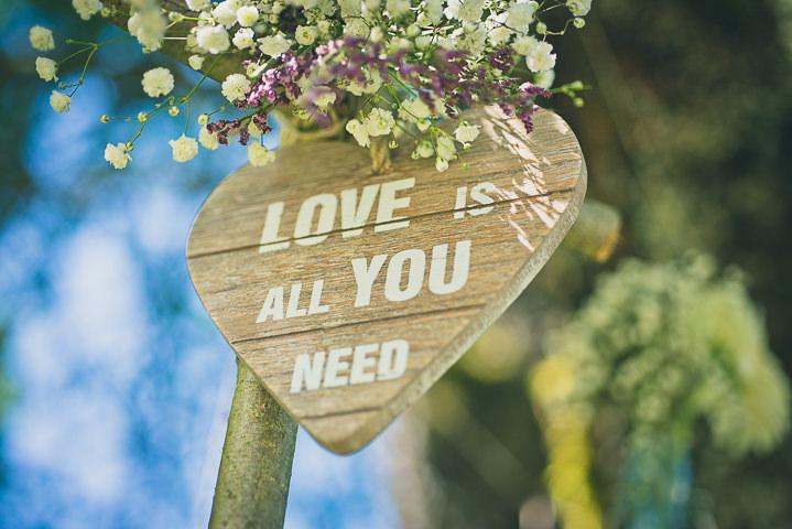 Intimate Woodland Wedding sign by Tony Romero Photography