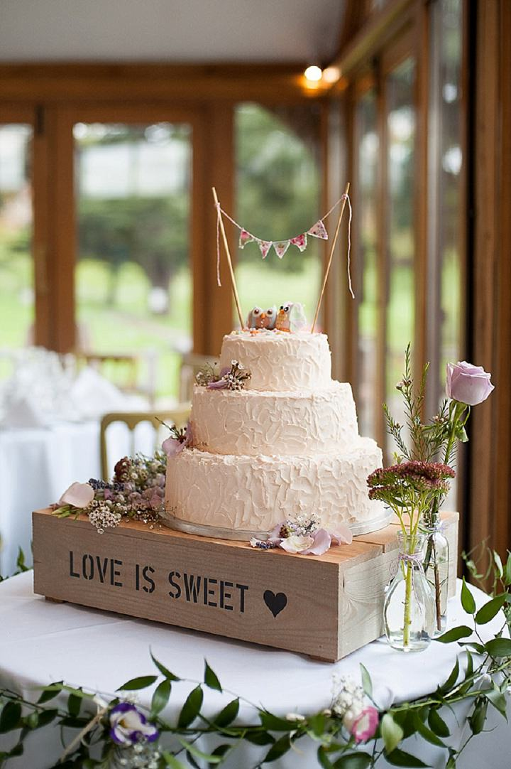 Rustic Wedding Cake Hertfordshire