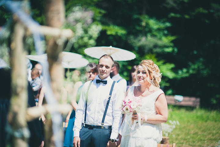 Intimate Woodland Wedding ceremony by Tony Romero Photography