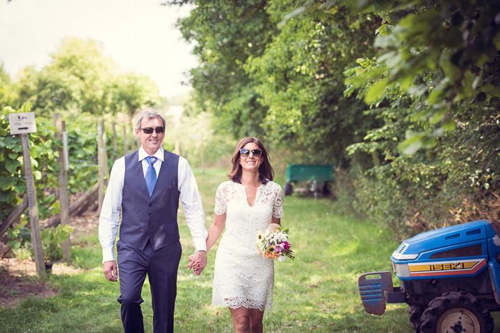 Homespun Wedding couple at Frithsden Vineyard