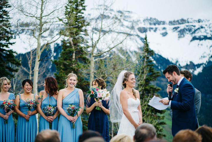 26 Colorado Wedding in the Snowy Mountains By Searching For The Light