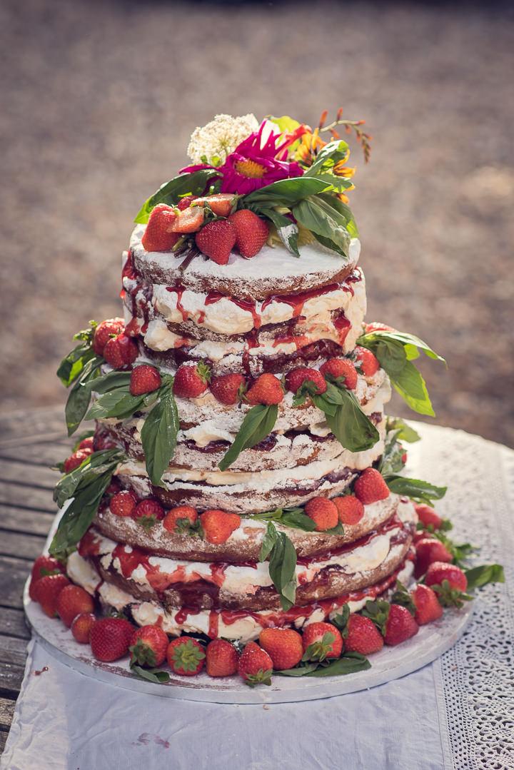 Homespun Wedding naked cake at Frithsden Vineyard
