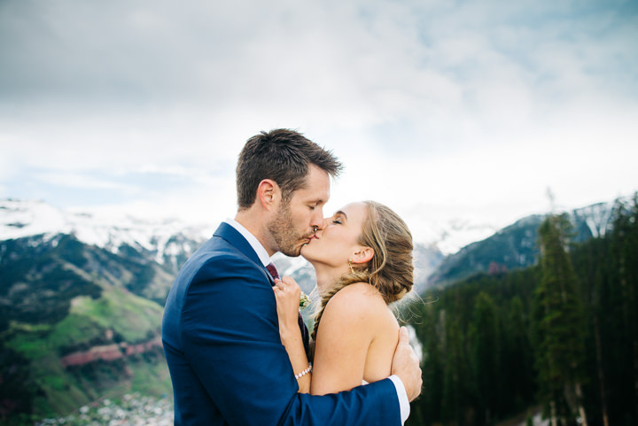 43 Colorado Wedding in the Snowy Mountains By Searching For The Light