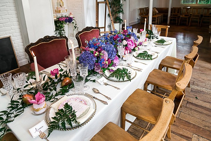 Pastel Colours and Garden Wedding table setting Inspiration