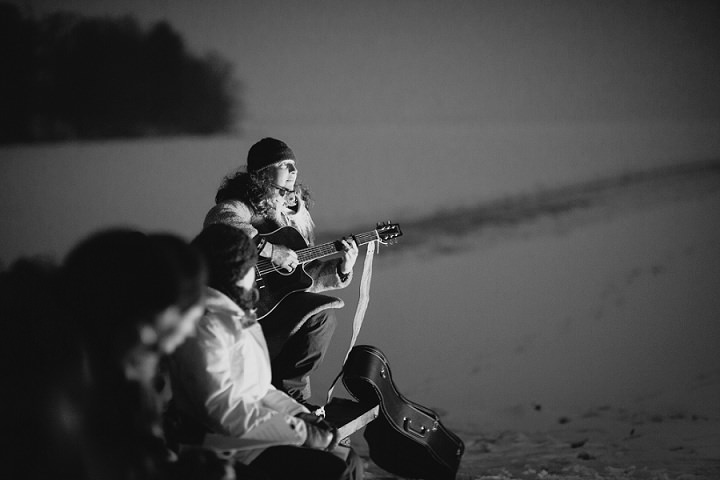 Winter Forest Wedding entertainment in Sweden By Loke Roos Photography