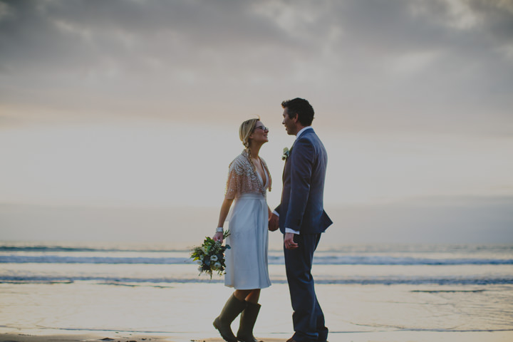 Cornish Elopement bride and groom By Amy Sampson Photography