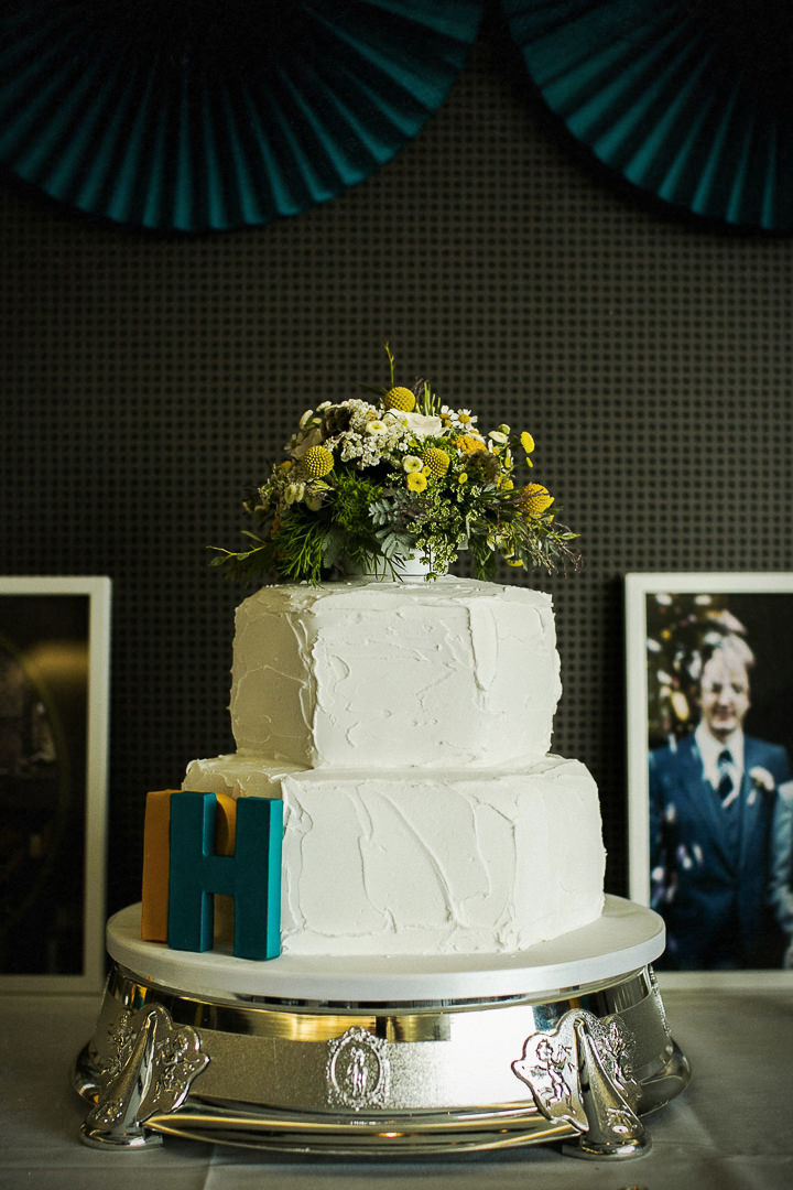 Modern Wedding cake at The Hepworth By Matt Parry Photography
