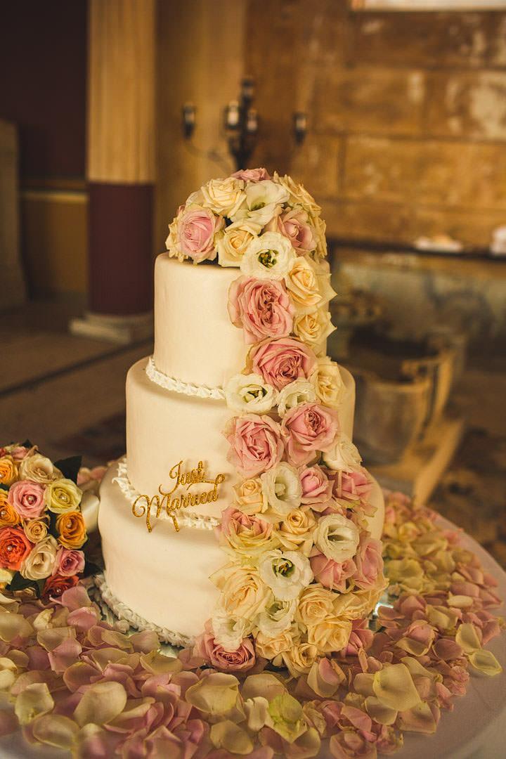 Sorrento Wedding cake By S6 Photography