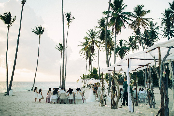 Beach wedding ceremony in the Dominican Republic By Asia Pimentel Photography