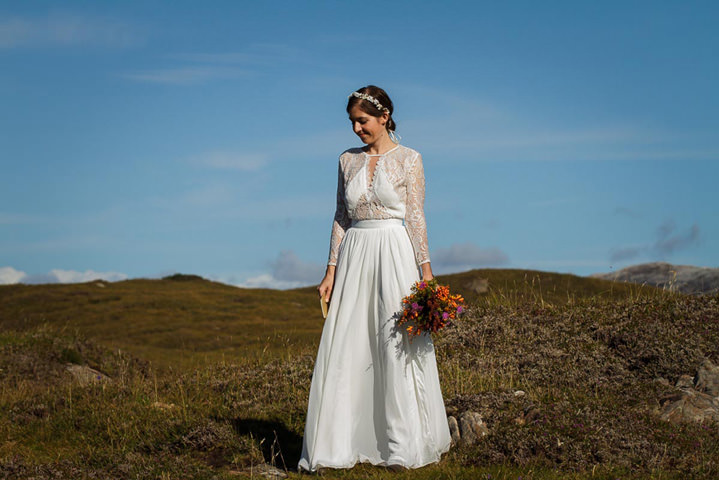 Isle of Skye bride Elopement By Lynne Kennedy Photography
