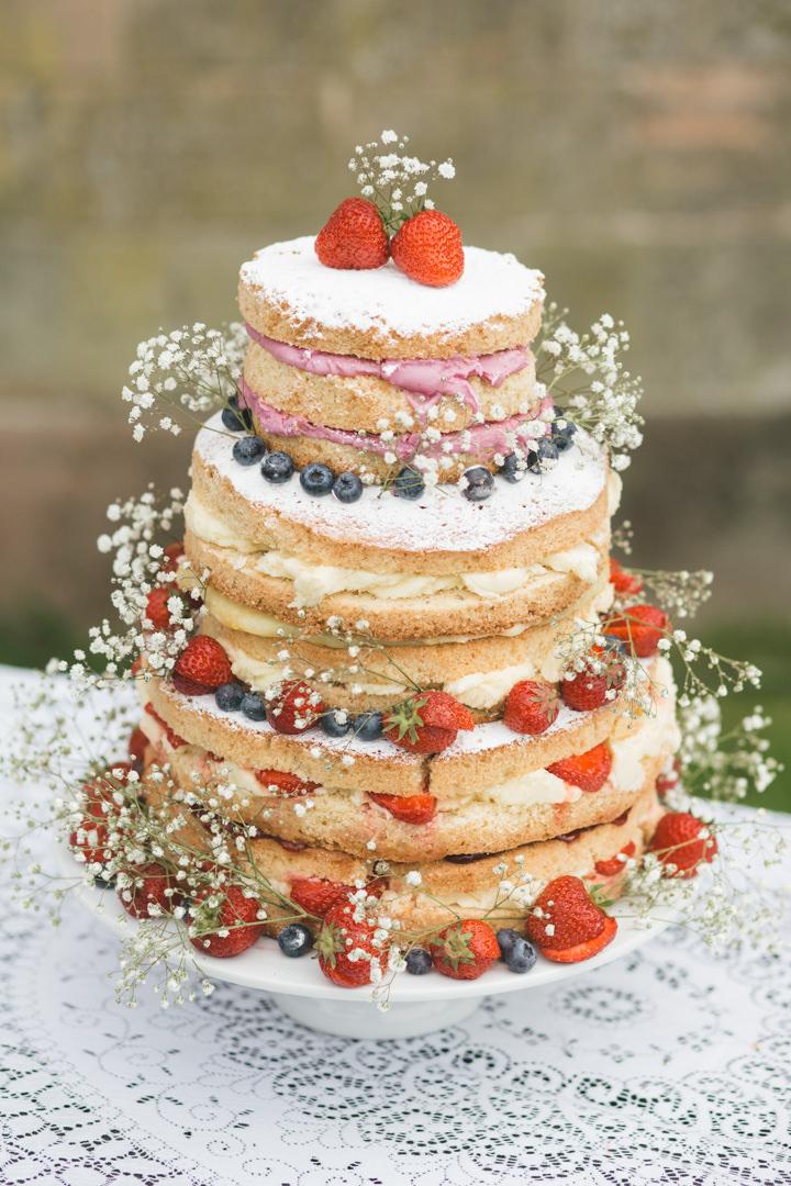 Summer Wedding naked cake in Nottingham By Grace Elizabeth Photography