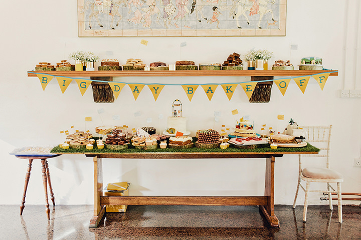 Barn Wedding cake in North Wales By Taylor Roades Photography
