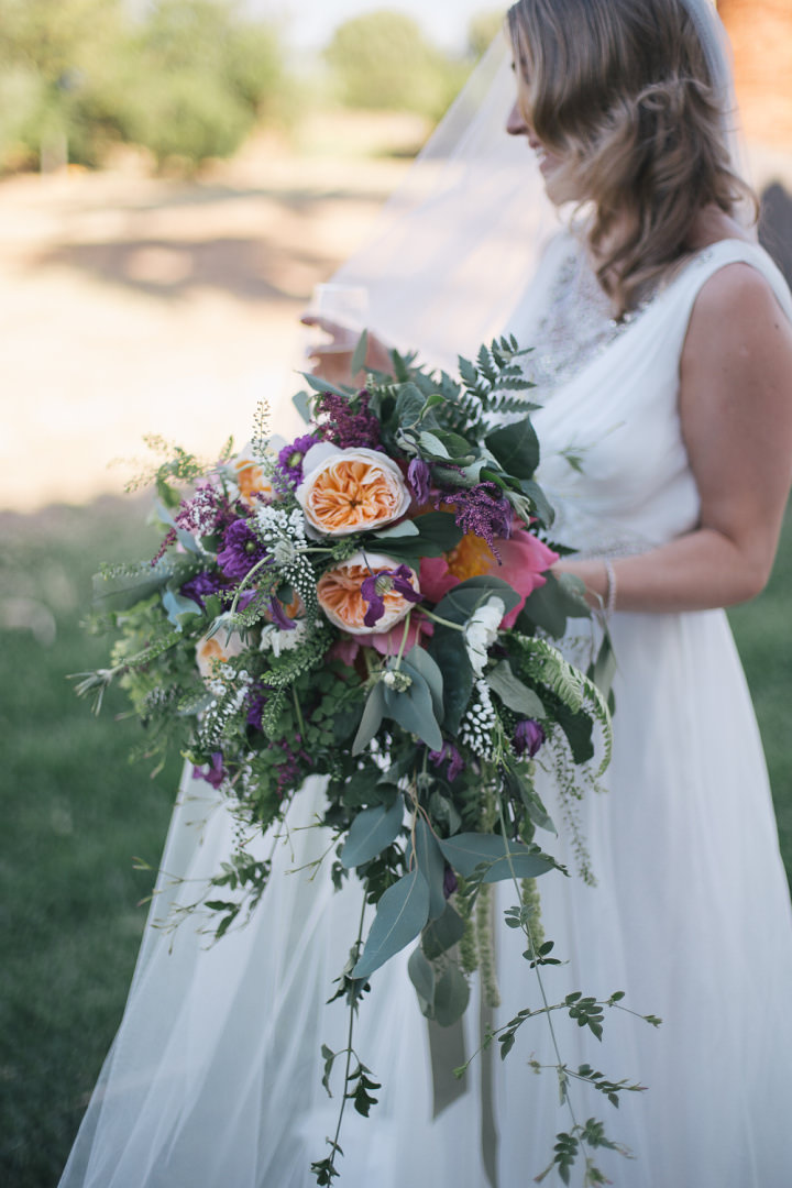 Whimsical Woodland bouncy bouquet Spanish Wedding By Radka Horvath Photography