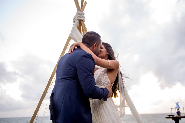 Sri Lanka Wedding first kiss By Cloud Attic Photography