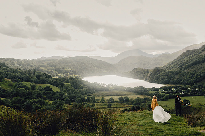 Barn Wedding bride and groom in North Wales By Taylor Roades Photography
