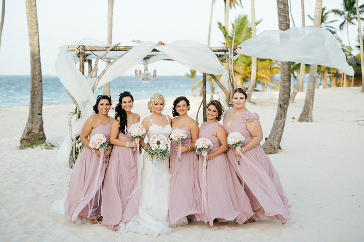 Beach wedding in the Dominican Republic By Asia Pimentel Photography bridal party