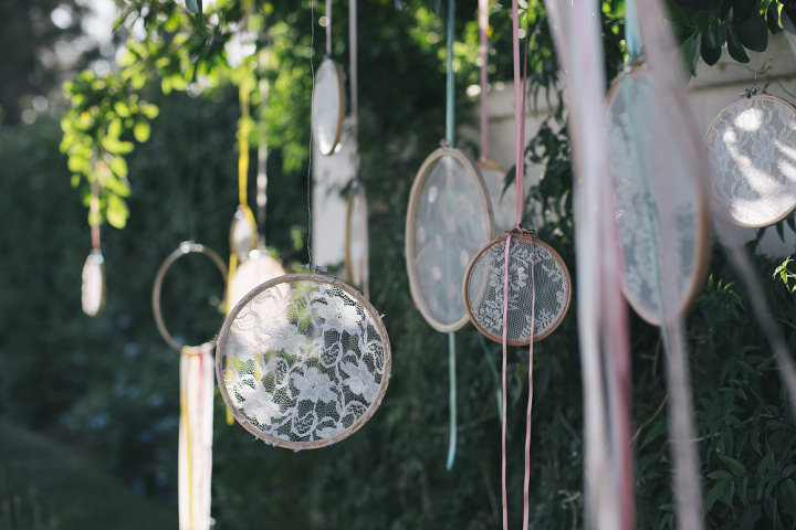 Whimsical Woodland Spanish Wedding dreamcatcher By Radka Horvath Photography