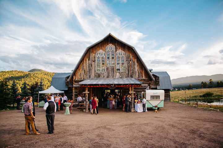 Colorado Barn Wedding By Searching For The Light