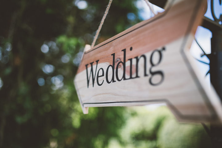 Kent Barn Wedding sign By One Love Pictures