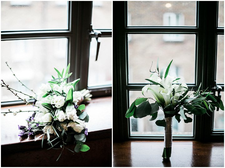 Wedding flowers at Bethnal Green Town Hall Hotel By Samie Lee Photography
