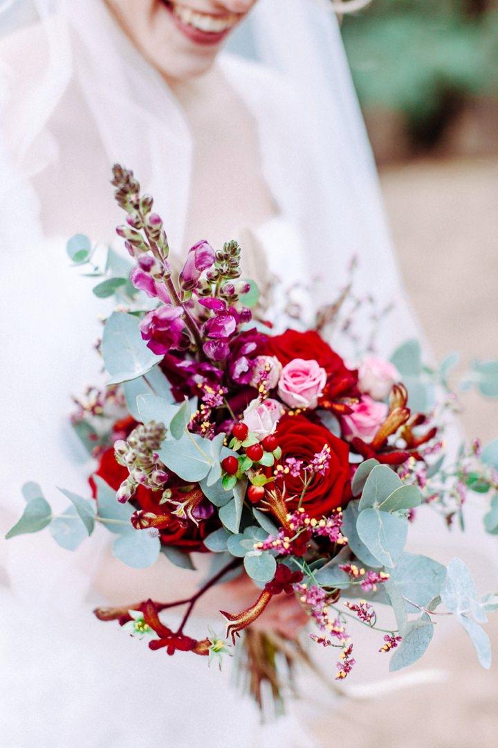 Roses In Garden: Masala And Gold Beach Wedding Inspiration