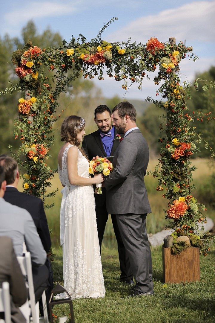 19 Outdoor Utah Wedding With a BHLDN Dress by Logan Walker Photography
