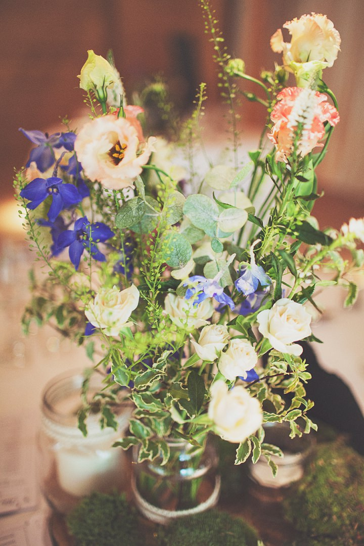 Styal Lodge Wedding flowers in Cheshire By On Love and Photography