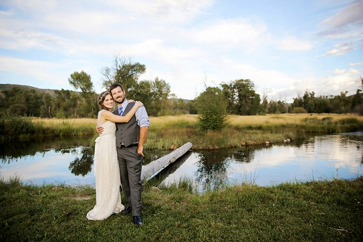 37 Outdoor Utah Wedding With a BHLDN Dress by Logan Walker Photography