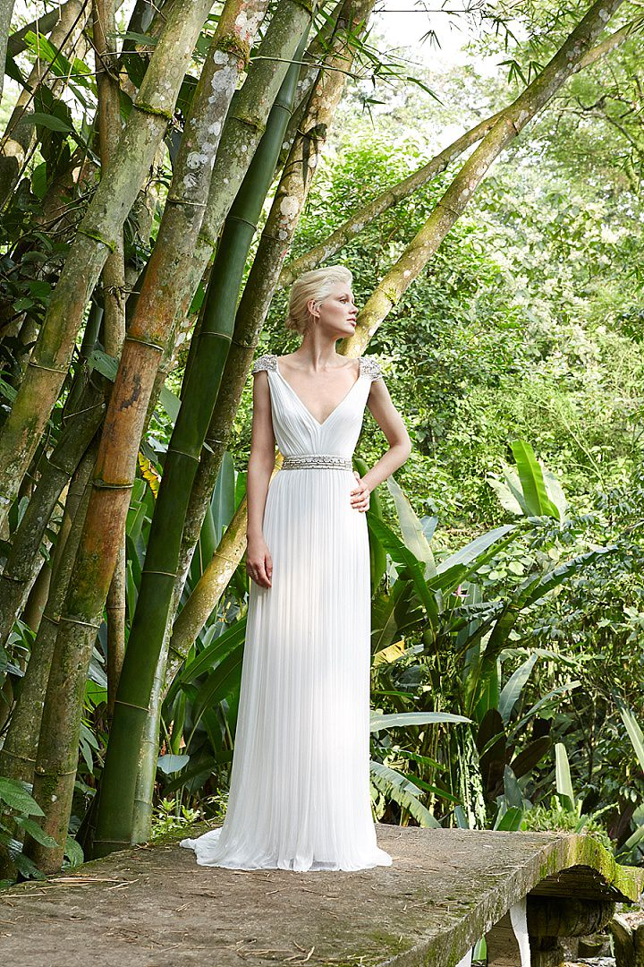 Bridal Style Amanda Wakely Releases New 2017 Bridal Collection