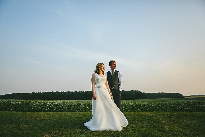 Ask The Experts: What's the Deal with Venues and Recommended Photographers? With James and Lianne