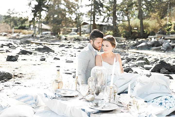 Indigo and Geode Inspiration - A Fine Art West Coast Elopement_0001