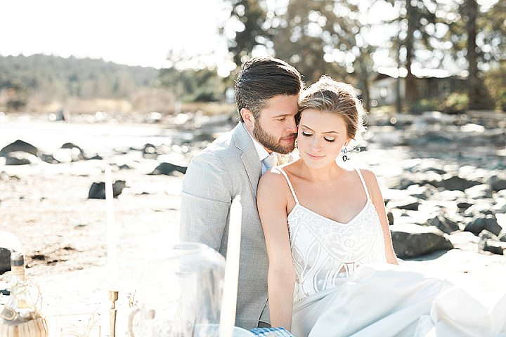 Indigo and Geode Inspiration - A Fine Art West Coast Elopement_0021