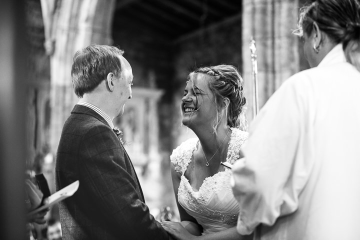 14-farm-wedding-by-hannah-hall-photography