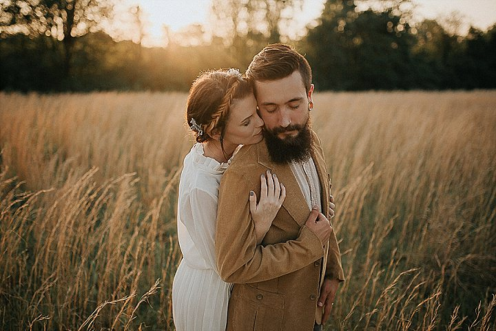 A Timeless Vintage Country Inspiration Shoot by Cassie Cook Photography