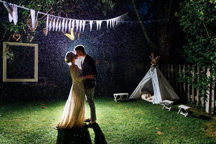 4-Back-Garden-Wedding-by-Anna-Pumer-Photography