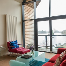boathouse-lounge