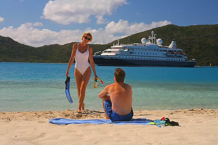 Honeymoon Ideas - Alternative Honeymoons to Spend on Water