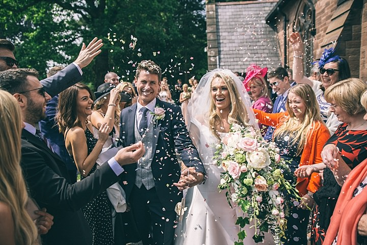 Boho Loves: Jess Yarwood, Relaxed and Natural Wedding Photography
