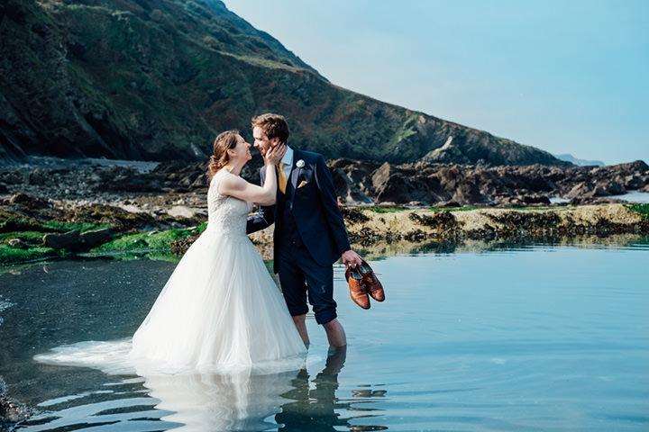 Lynne and Jon\'s Travel Themed Beach Side Devon Wedding by Anna Pumer ...