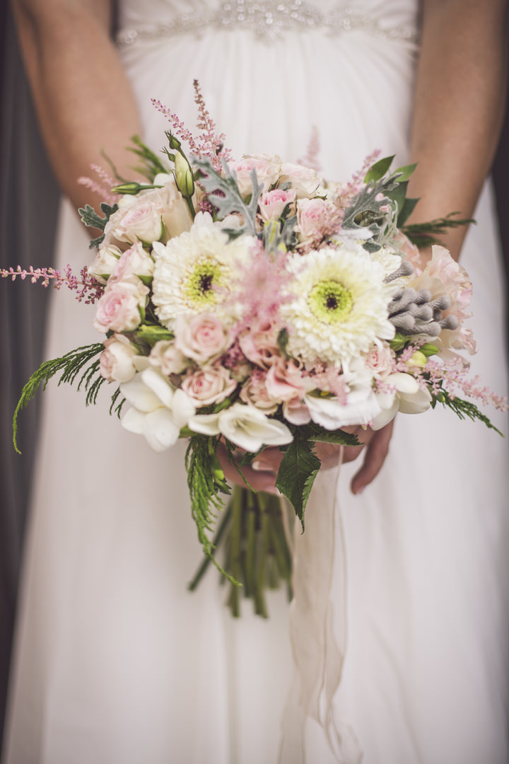 15-pretty-pastel-garden-wedding-in-mallorca-by-ana-garcia-photography
