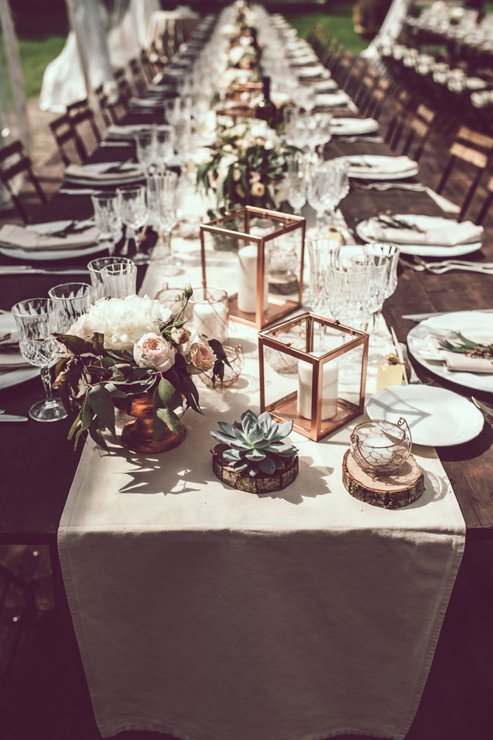 3-elegant-cream-blush-and-bronze-tuscany-wedding-by-nicola-tonolini