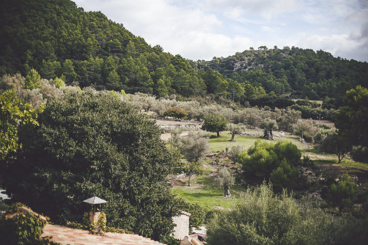 5-pretty-pastel-garden-wedding-in-mallorca-by-ana-garcia-photography