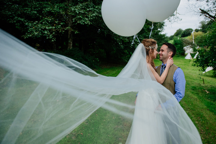 Dianne and Sam\'s Relaxed Homemade Festival Wedding in Devon by Fiona ...